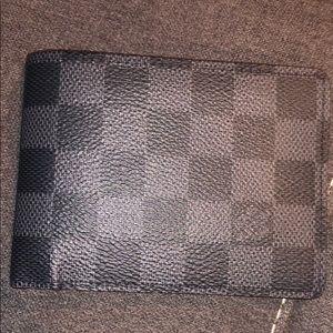 Men's Louis Vuitton Multiple Wallet